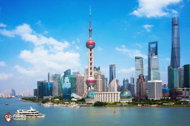 re-Shanghai-skyline,-Panoramic-view-of-shanghai-skyline-and-huangpu-river,-Shanghai-China-01